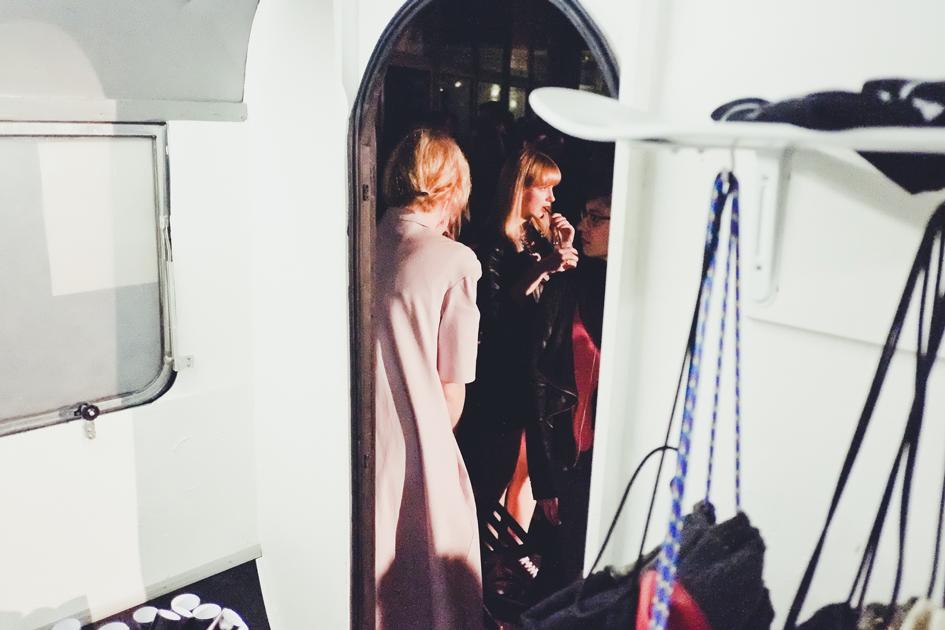Showroom/Popup-Store/Trailer