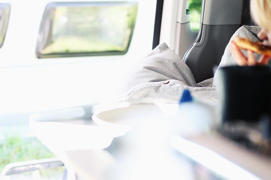 nicetohavemag-yumeko-bettwaesche-bio-campervan