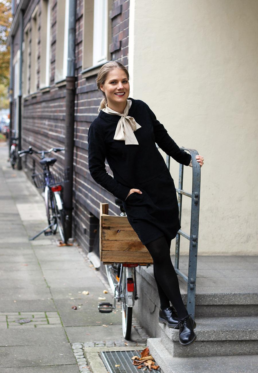 nicetohavemag-businesswear-schluppe-peopletree-drmartens